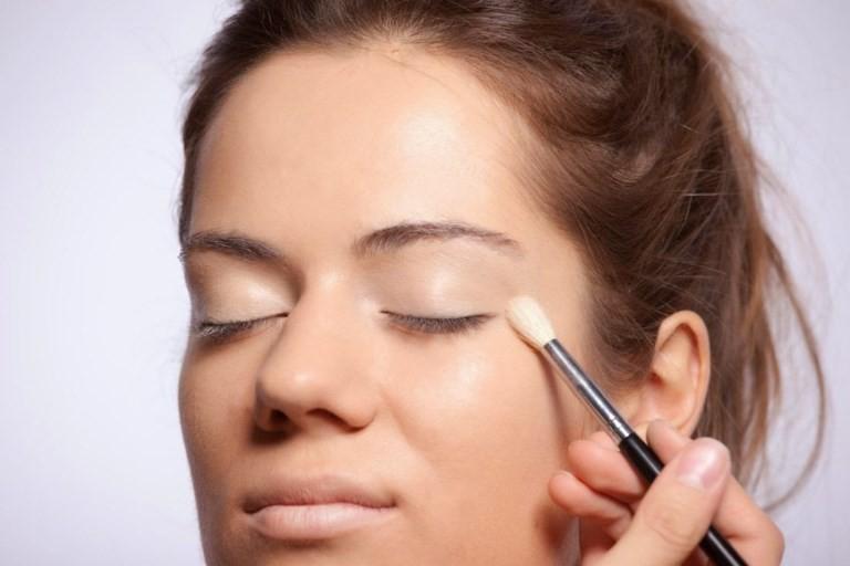 Как использовать консилеры для лица, коректоры для лица, функции консилеров, coquet.by