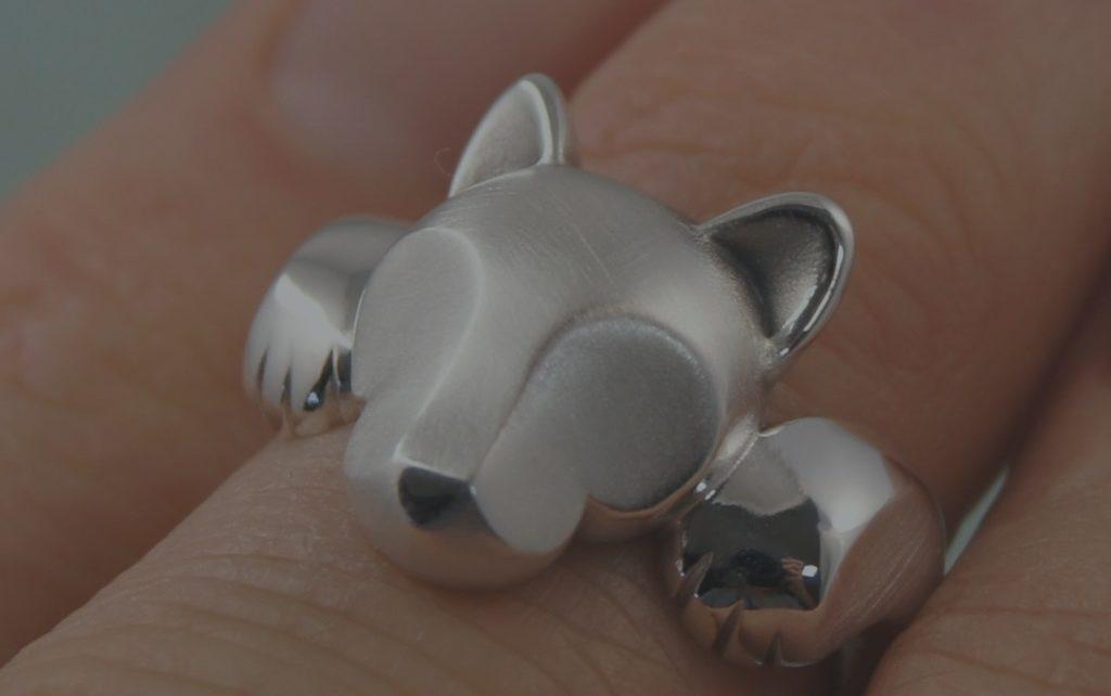 Дизайнер Майкл Татом создает ювелирные украшения в виде животных