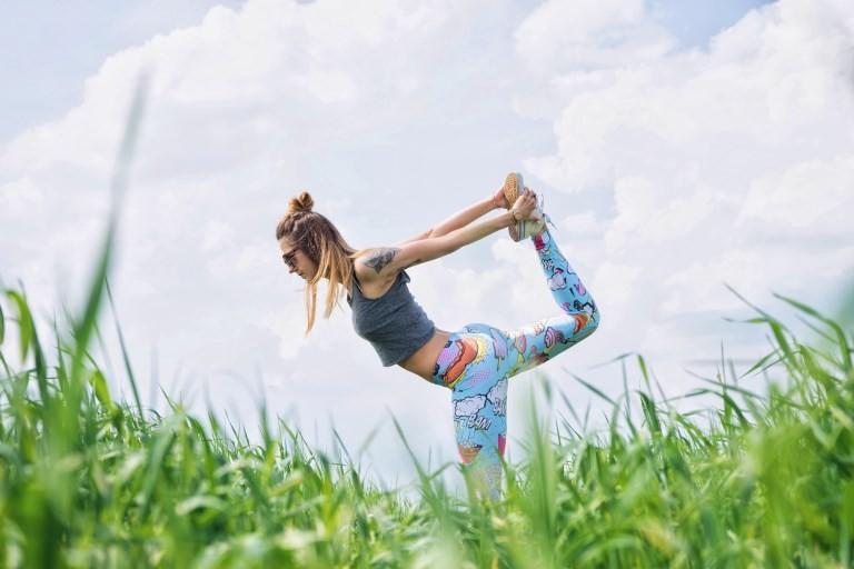 Упражнения для зарядки по утрам, бег по утрам, комплекс упражнений