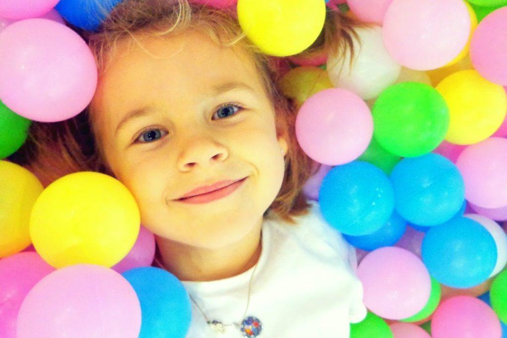 Благотворительный детский показ Belarus Fashion Week, журнал COQUET