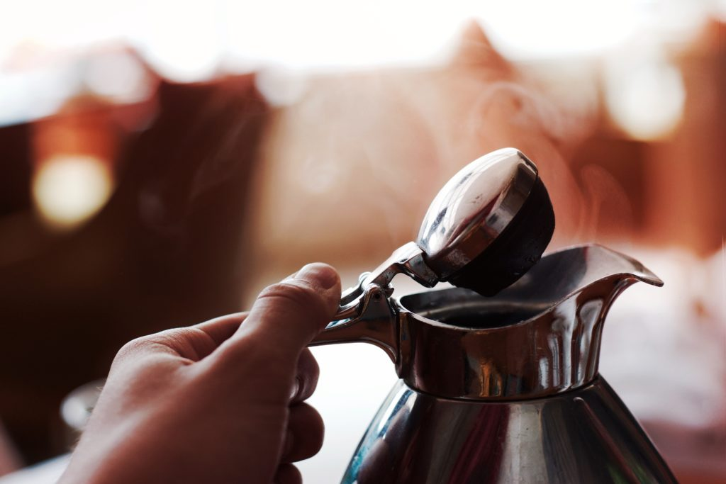 10 популярных кофейных напитков, описание, вред кофе, интернет-журнал COQUET