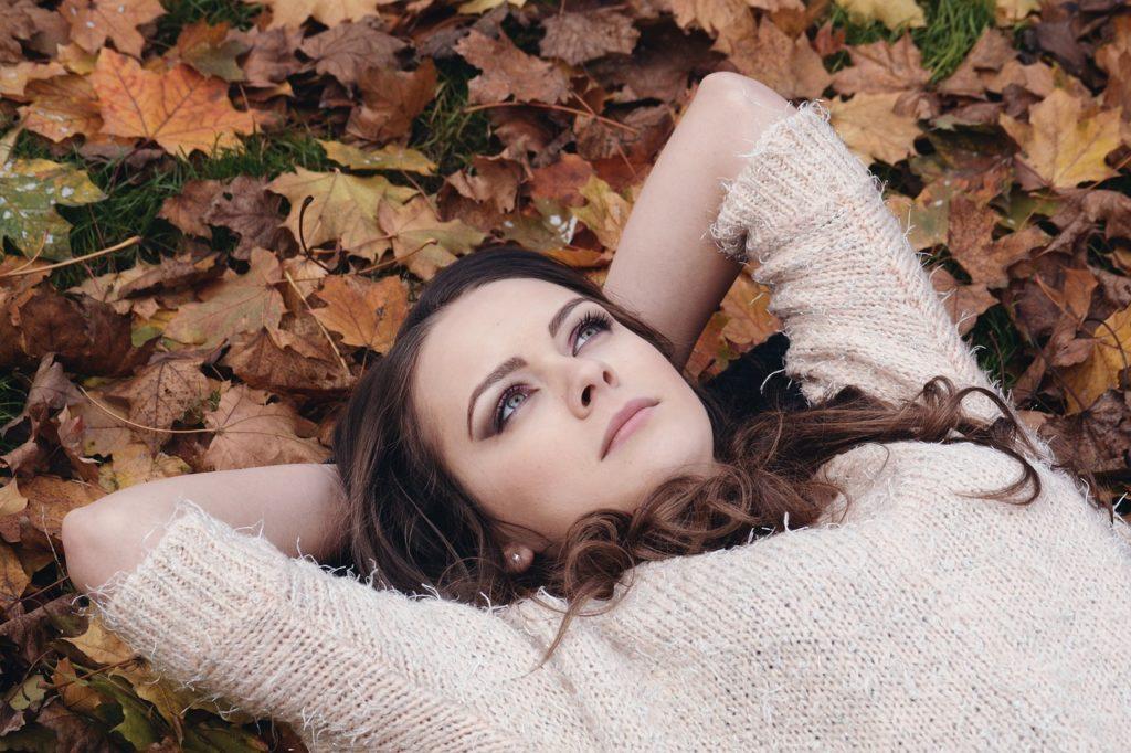 Осенняя хандра, как поднять себе настроение в октябре